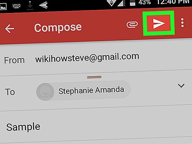 Come allegare più file a un'e-mail