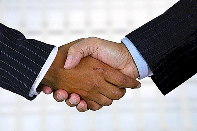 Come si scrive un contratto commerciale?